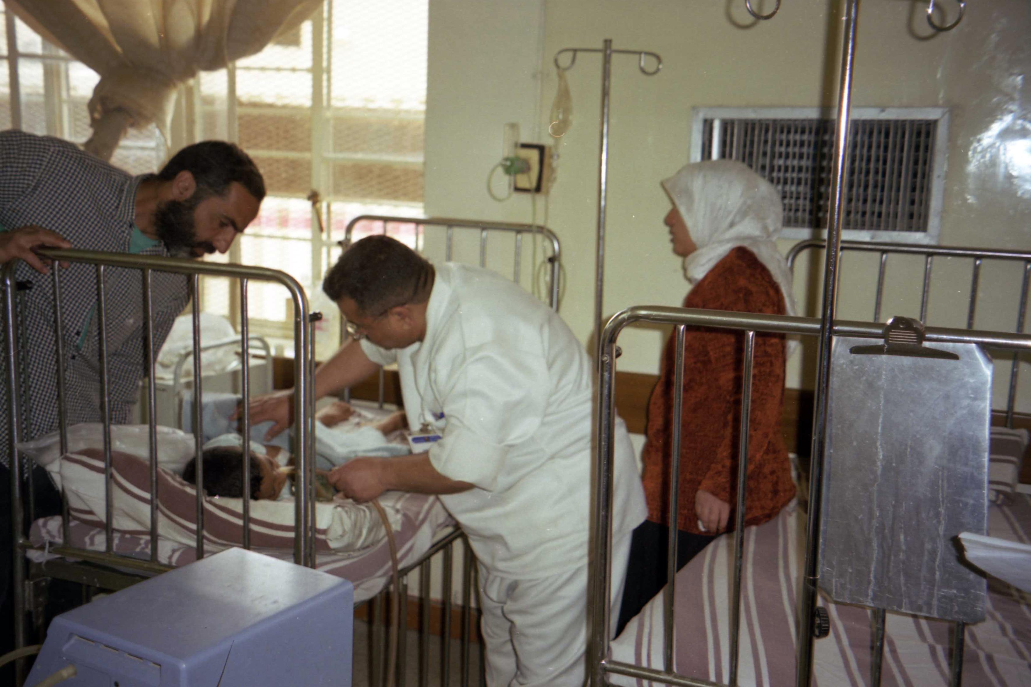 Αποστολή στο ΙΡΑΚ 2003, παράδοση φαρμάκων & διερεύνηση πιθανότητας δημιούργιας Παιδιατρικής Κλινικής