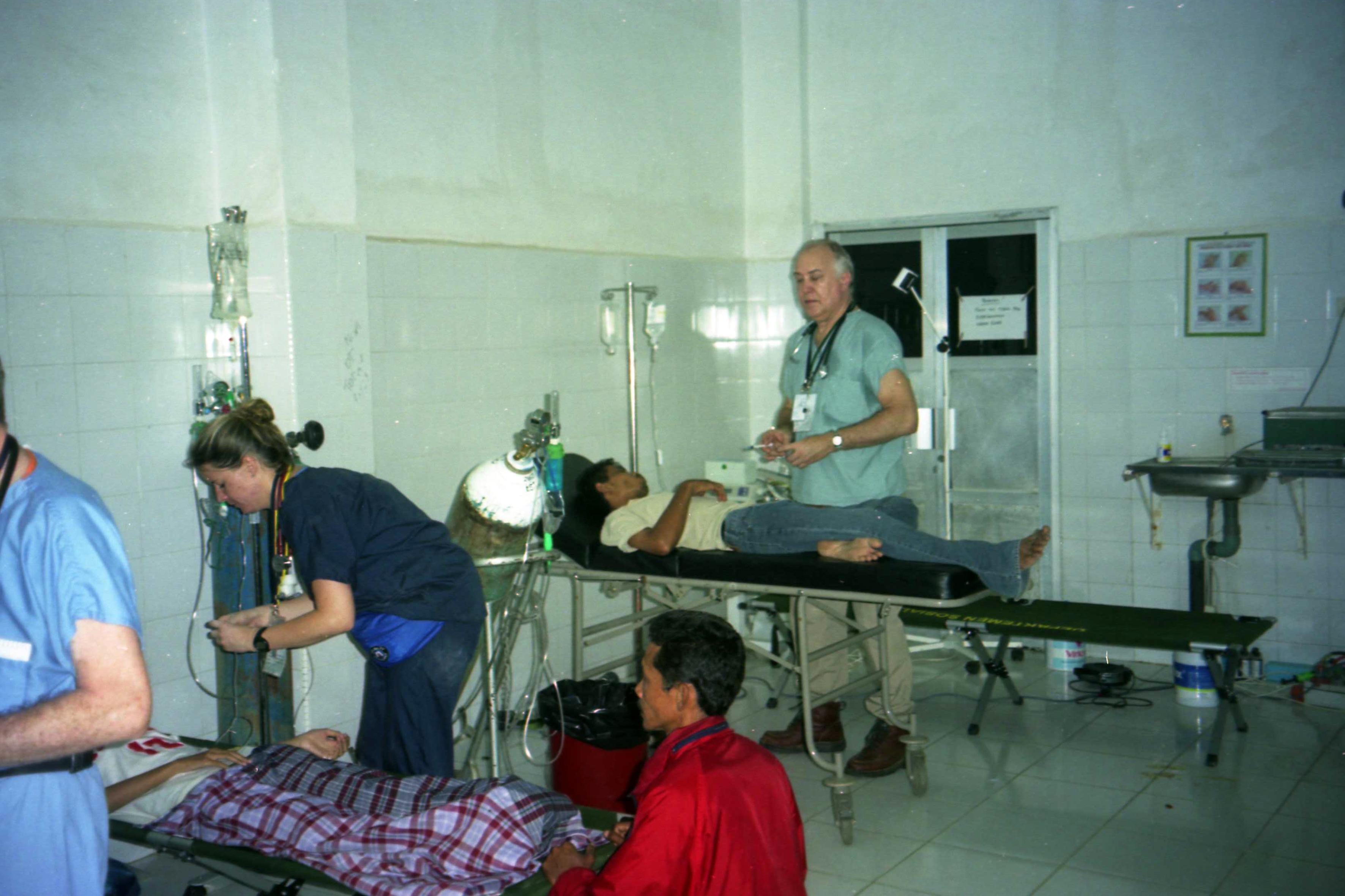 Αποστολή στην Ινδονησία 2005, βοήθεια για τους πληγέντες του τσουνάμι